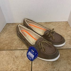 Nwt brown fuzzy lined keds